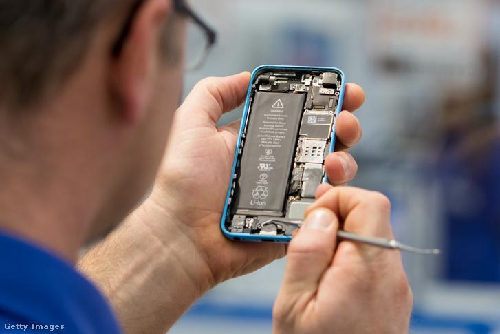Iphone 5c szerviz alatt