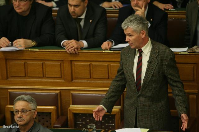 Polt Péter a parlamentben