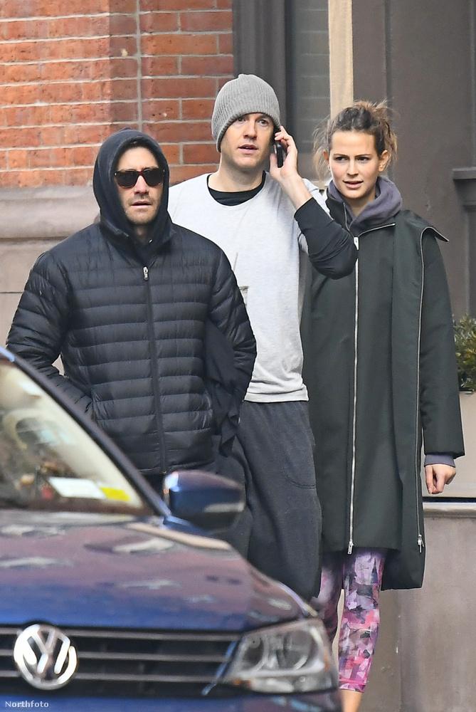 Az első alkalom, hogy őket együtt fotózta le egy paparazzó, tavaly december 3-án volt, harmadmagukkal voltak éppen edzeni New Yorkban