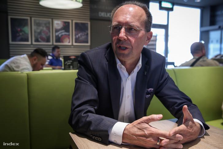 Koczka Tibor alpolgármester