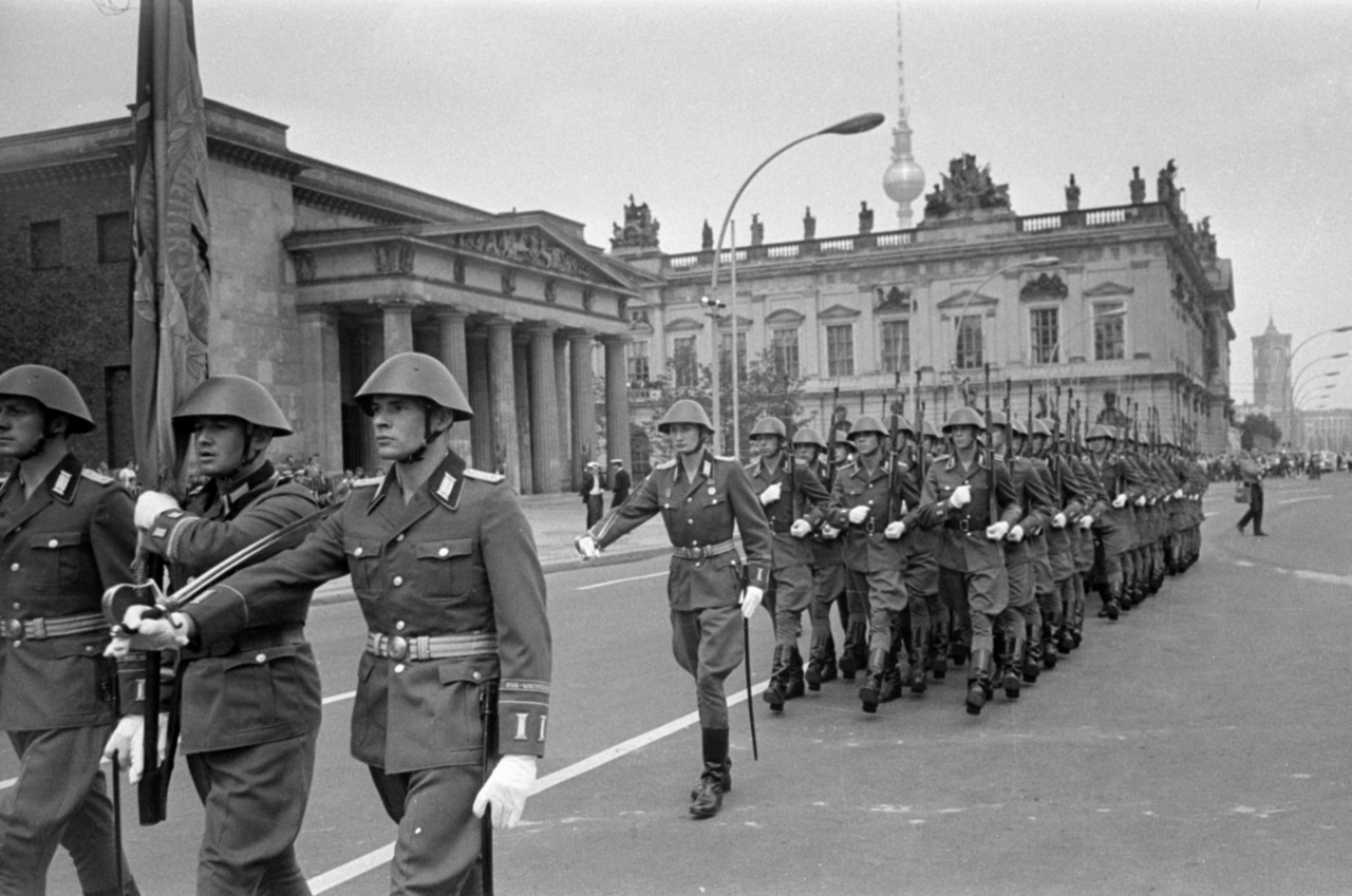 The National People's Army. The GDR's self-perception as the westernmost bastion of the socialist bloc lead them to believe that they were in danger the most. The NVA (Nationale Volksarmee) had enough equipment for 175 000 soldiers. Just like in West Germany, the GDR's army was also mostly founded on the officers of the former Wehrmacht, who were only released back home from Soviet POW camps after thorough selection and ideological brainwashing.