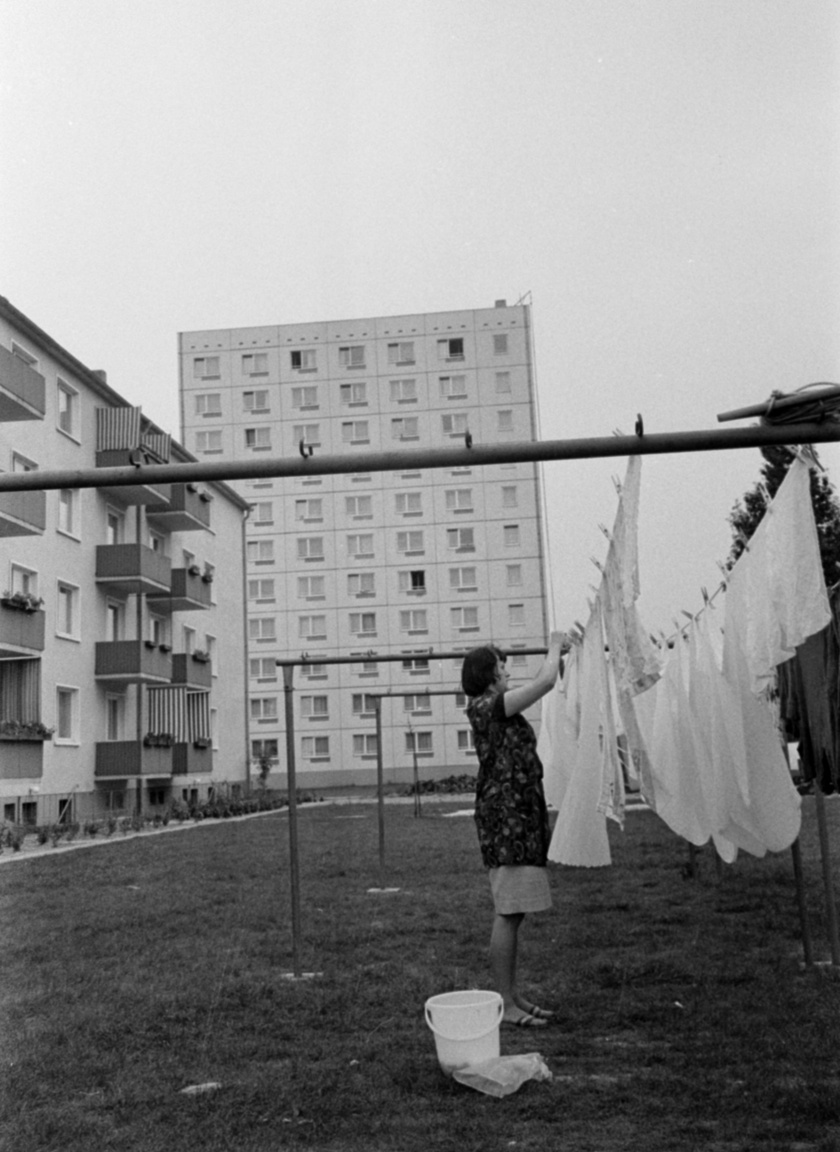 The housing shortage created by the destruction of war could not be alleviated with traditional building methods. Concrete-panelled premanufactured apartment blocks were built in the GDR starting from the fifties.