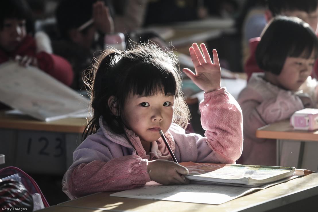 Diák egy kínai iskolában 2018-ban