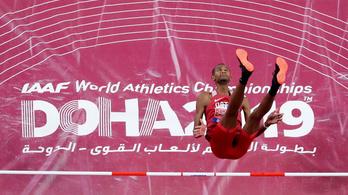 Katar örömmámorban, világcsúcs 400 gáton