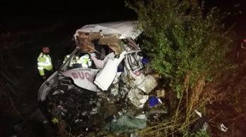 10 halott egy frontális romániai balesetben