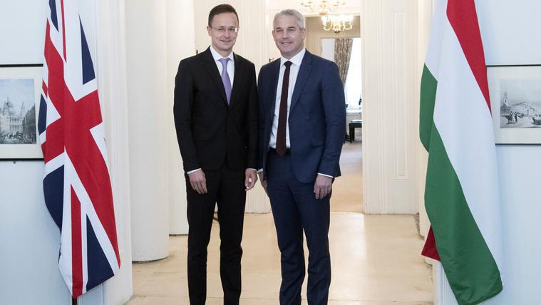 Brexit: brit lapok azt találgatják, hogy magyar vétóban bízik-e Boris Johnson