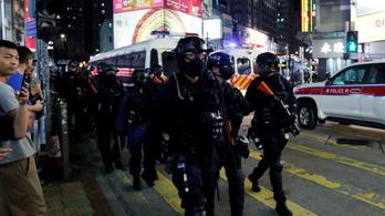 Rendkívüli állapot van Hongkongban: az ENSZ emberi jogi biztosa kivizsgáltatná a rendőri túlkapásokat