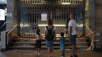 Szétkapták a hongkongi tüntetők a metrót, de részlegesen már működik a rendszer