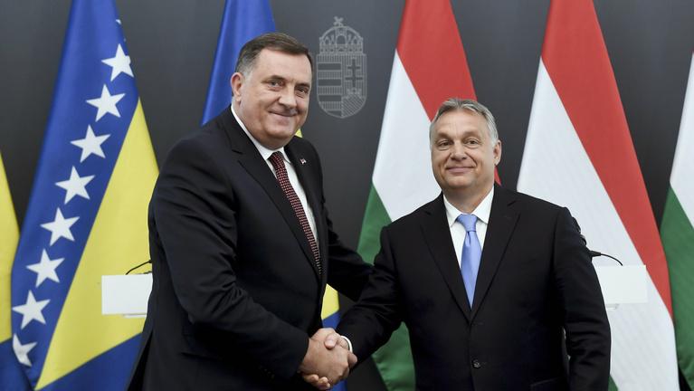 Miért találkozik annyit Orbán Viktor a boszniai szerb vezérrel, Milorad Dodikkal?