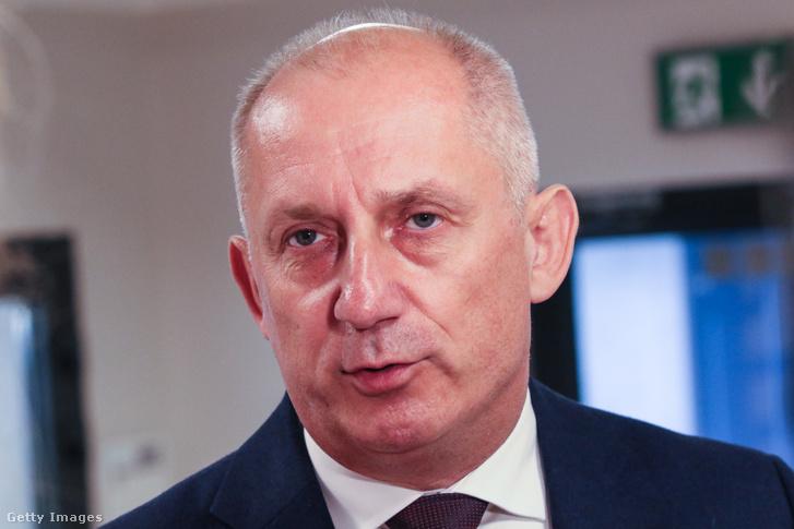 Slawomir Neumann