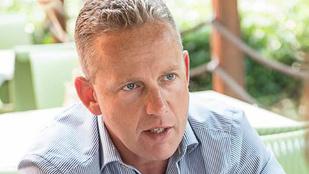 Schobert Norbi komoly műtétet vállal be, hogy visszatérhessen