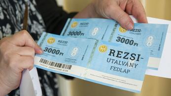 1,7 millió rezsiutalványt már be is váltottak a nyugdíjasok