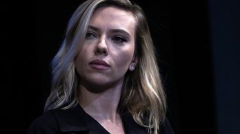Scarlett Johansson tagadja, hogy Tarlóst dicsérte volna
