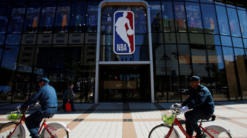 Kína beleáll az NBA-vel való háborúba, felfüggesztették a közvetítéseket