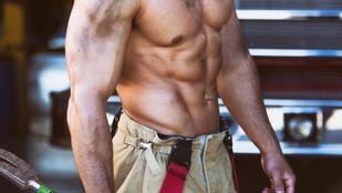 Szexi, félmeztelen 2020-as naptárt készítettek az ausztrál tűzoltók
