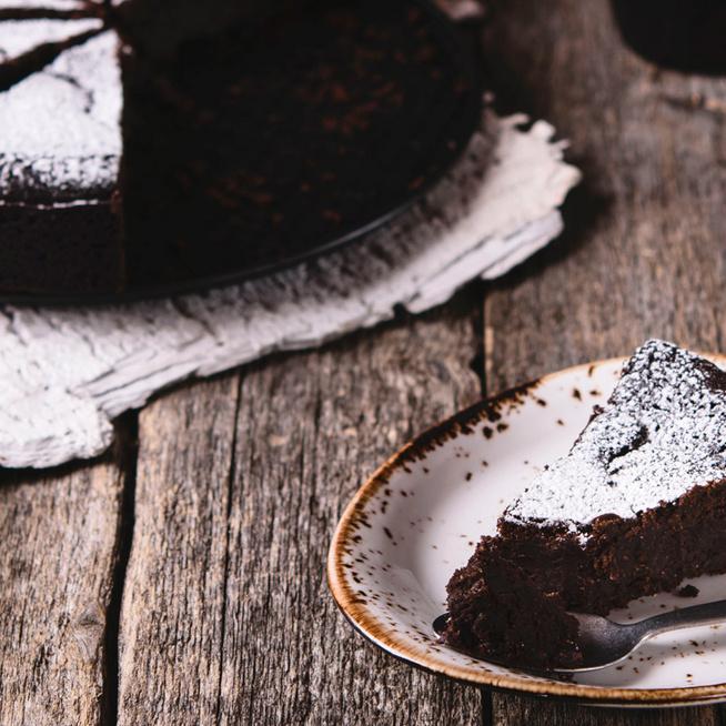 A svéd csokoládétortának nincsen párja: csupa csoki tészta eszpresszóval megbolondítva