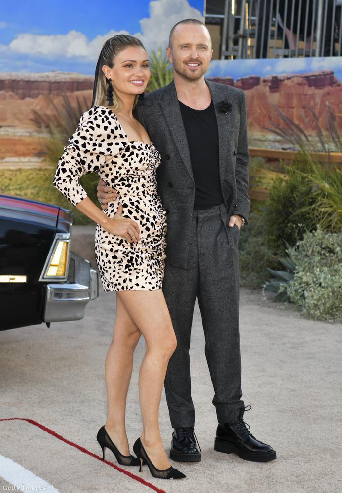 Aaron Paul a feleségét is magával hozta természetesen, ő Lauren Parsekian.