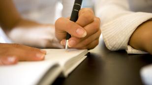 Régen minden jobb volt: 3 ok, amiért kézzel írni menő
