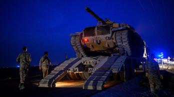 Összecsaptak a kurd fegyveresek és a török erők, már halálos áldozatok is vannak