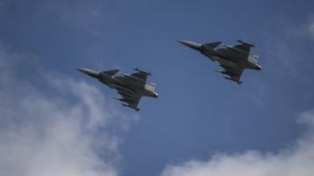 Riasztották a honvédség Gripenjeit egy brit gép miatt