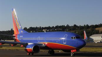 Repedések miatt állnak a Boeing 737 NG repülőgépek