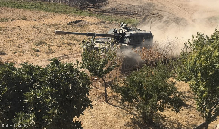 Török tank Tell Abyadnál a mai napon