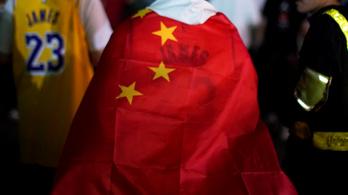 Trump is beszállt az NBA és Kína háborújába, mindkét fél ellen