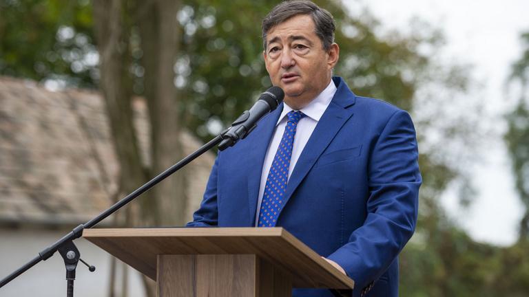 15,8 milliárd forint osztalékot vettek ki Mészáros Lőrincék két cégükből
