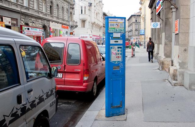 Figyelmeztetés sehol, a parkoló automaták pont olyanok, mint máshol