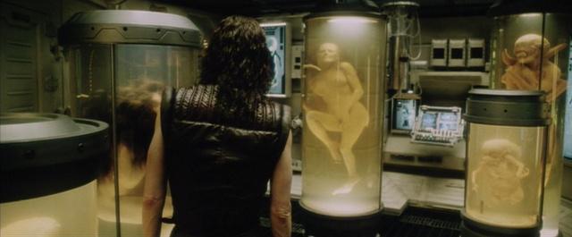 Ripley megtalálja a hasonmásait az Alien 4-ben