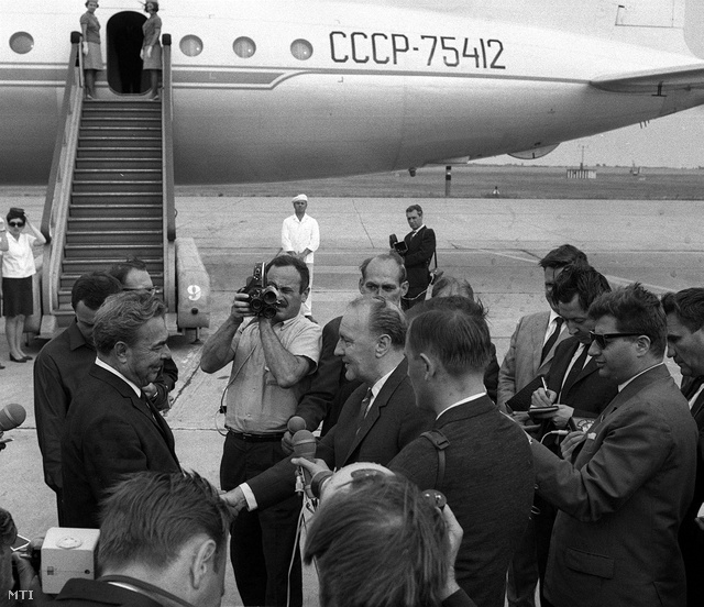 Brezsnyev és Kádár 1967-ben a Ferihegyi repülőtéren