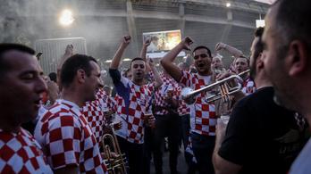 85 szurkolót vettek őrizetbe a horvát-magyar napján