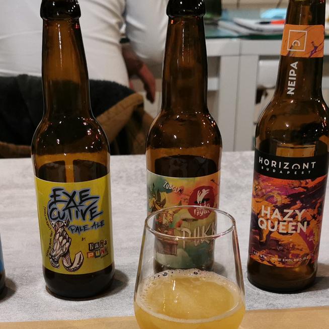 Így zajlik egy sörtanfolyam: italkülönlegességek, sörtörténet és -készítés