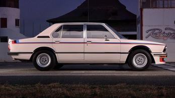Újjáépítették a BMW ős-M5-ösét, csodás lett