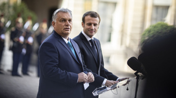 Orbán Párizsban: Magyarország egy klímabajnok, kedves elnök úr!