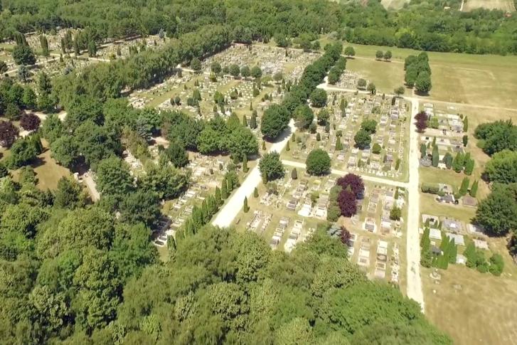 A dunaújvárosi temető