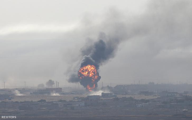 Robbanás a szíriai Ras al-Ain városánál a török határon szombaton