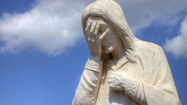 Jézus belülről kopogtat: engedjetek ki!