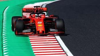 Japán Nagydíj: Vettel pályacsúccsal nyerte az időmérőt, Hamilton csak a 4.