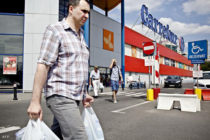 Carrefour áruház Bukarestben