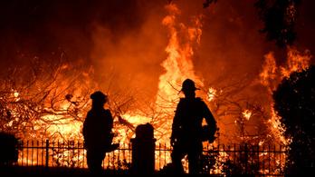 Több halálos áldozata van a Kaliforniában pusztító tűzvésznek