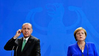 A szíriai kormányerők segítenének a kurdoknak a törökök ellen