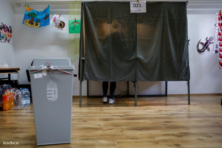 Szavazóhelyiség Hódmezővásárhelyen