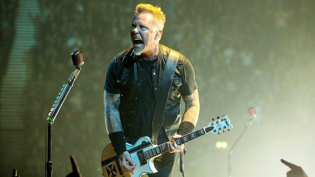 James Hetfield újra elvonón