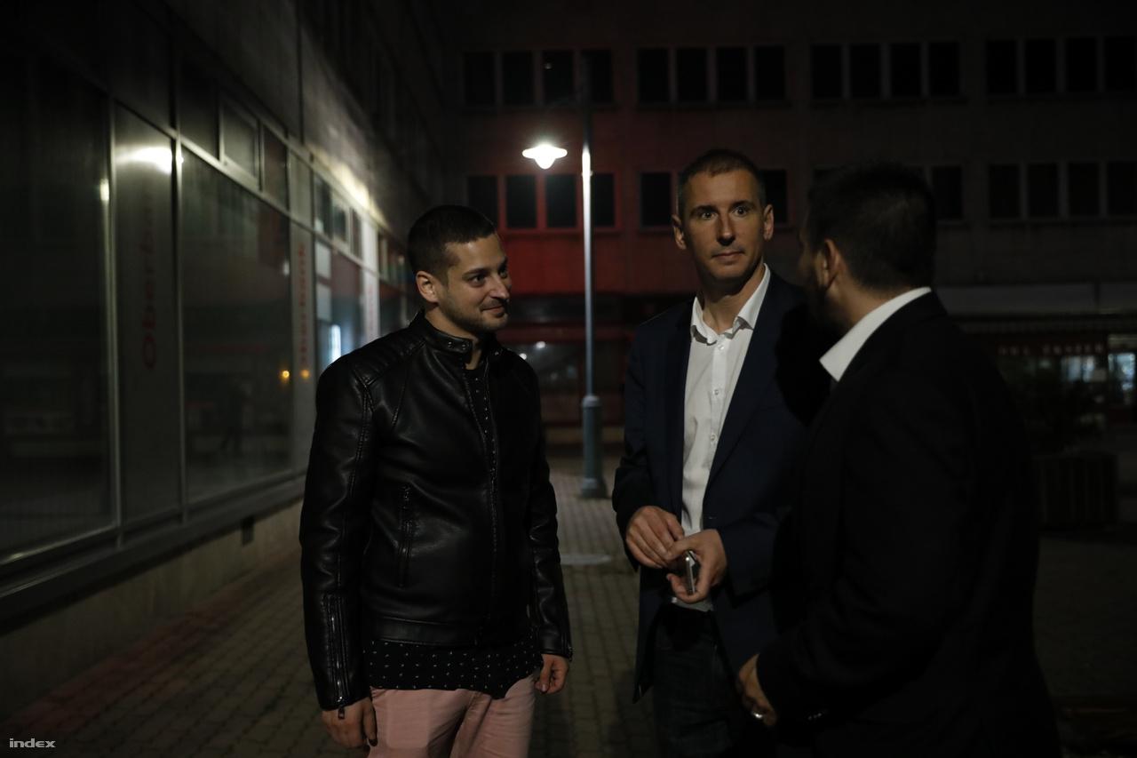 Szombathelynek is ellenzéki polgármestere és ellenzéki többségű közgyűlése lesz. Nemény András, az Ellenzéki Összefogás jelöltje a szavazatok 48,82 százalékával lett a vasi megyeszékhely polgármestere, míg a Fidesz jelöltje, az eddig megyei jegyzőként dolgozó Balázsy Péter a szavazatok 47,66 százalékát kapta.