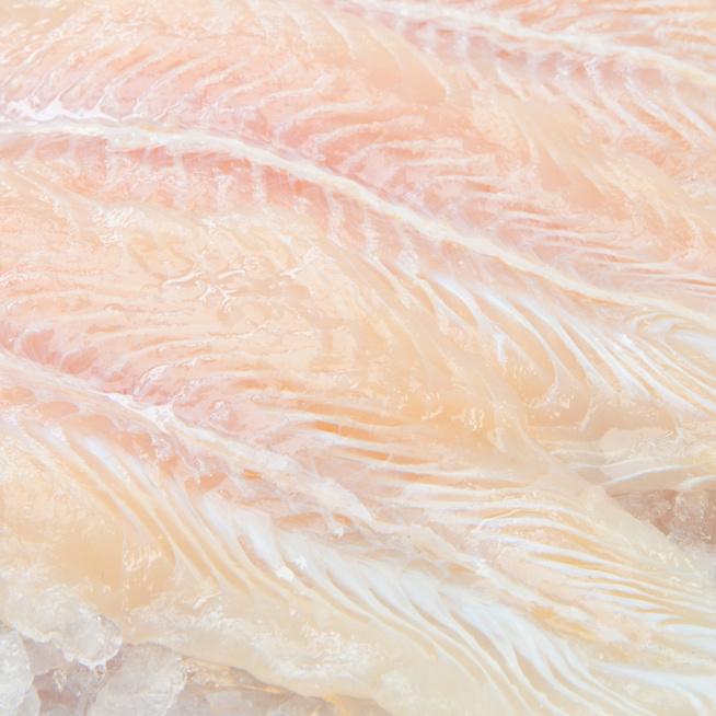 Hogyan süssük ki a fagyasztott halat, hogy ne essen szét a hőkezelés során?