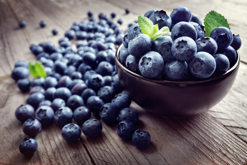 Az áfonya antioxidáns hatású C-vitamint és mangánt tartalmaz. Gátolja a rákos sejtek szaporodását a kutatások szerint. A kezelések alatt mellékhatásként felmerülő dekoncentráltságot is orvosolja, és a memóriát is védi.
