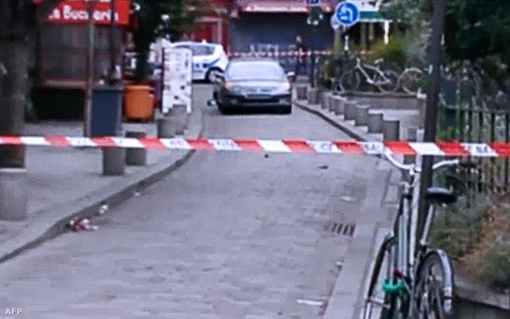 Videóból kivágott képen a meghiúsult merénylet után 2016. szeptember 4-én a Szajnával párhuzamos egyik utcában hagyott Peugeot 607-es típusú gépkocsi, amelyben hat gázpalack volt.