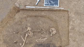 Korakőkorszaki sírrendszert találtak német régészek
