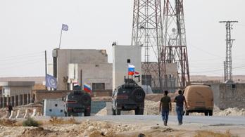 Már a szír kormányerőket és az oroszokat is beszippantotta a kurdok elleni offenzíva